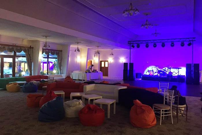 Lumini sala de bal Palatul Ghica